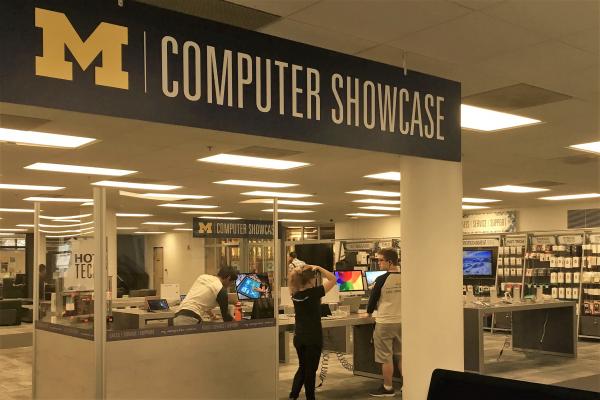 new Computer Showcase in Shapiro Library
