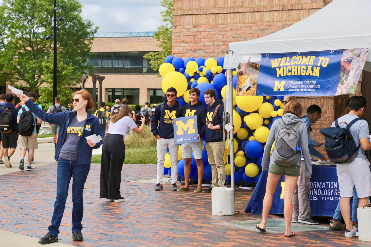 Students take part in the ITS Welcome to Michigan event on North Campus.